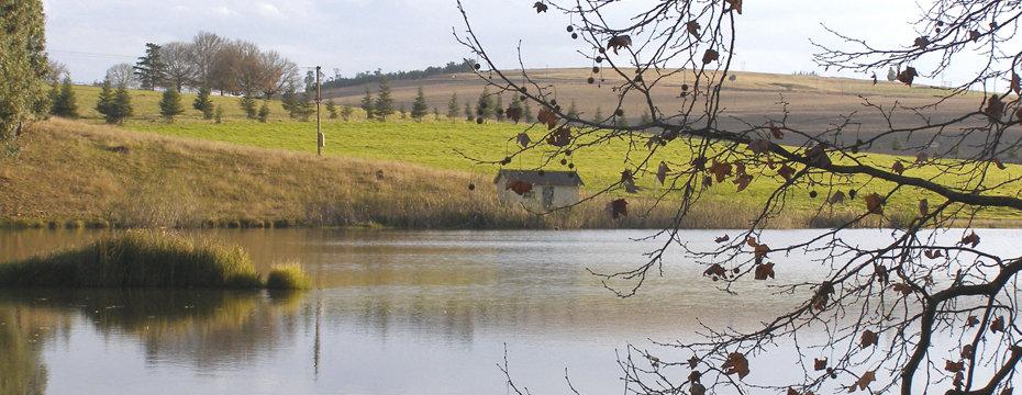 country-lake